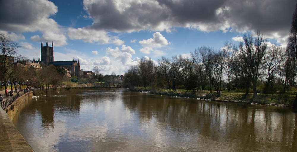 photoblog image Worcester Cathedral from a bit farther away
