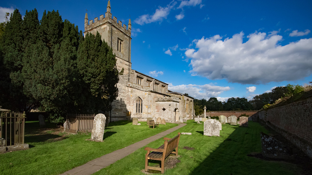 photoblog image St Peter's church Coughton in colour