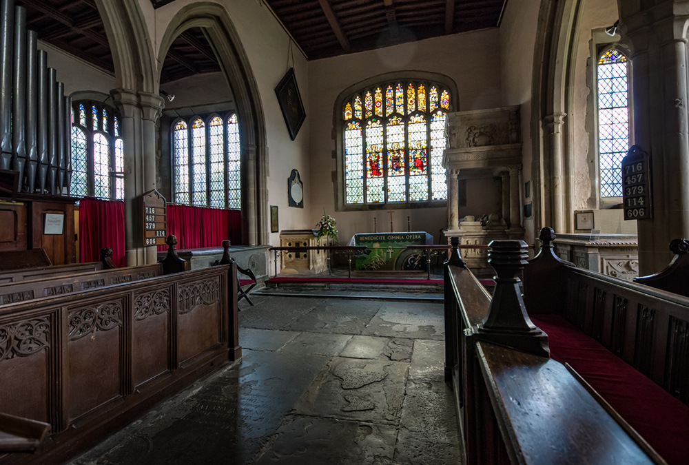 photoblog image St Peter's church Coughton inside