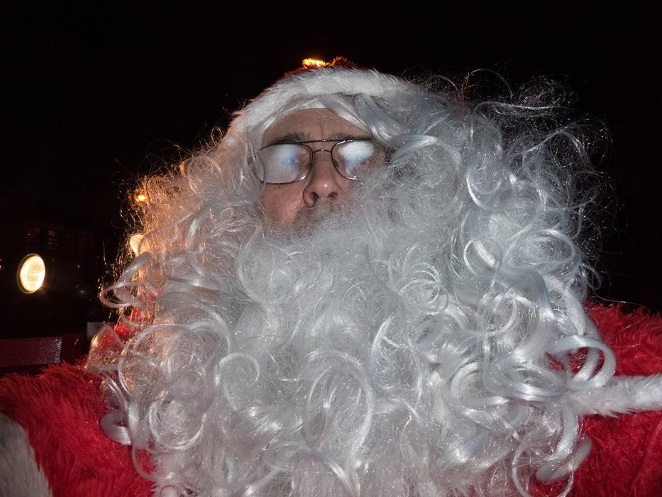 photoblog image Santa does a selfie