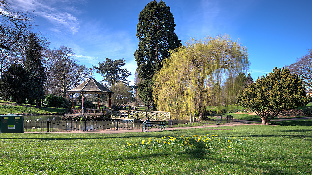 photoblog image Gheluvelt Park in March sunshine
