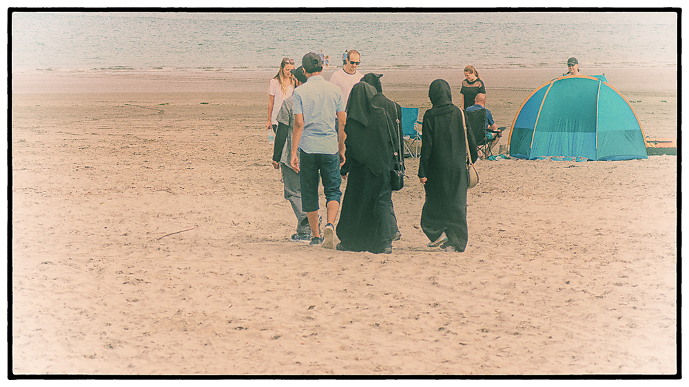 photoblog image Down by the seaside 2