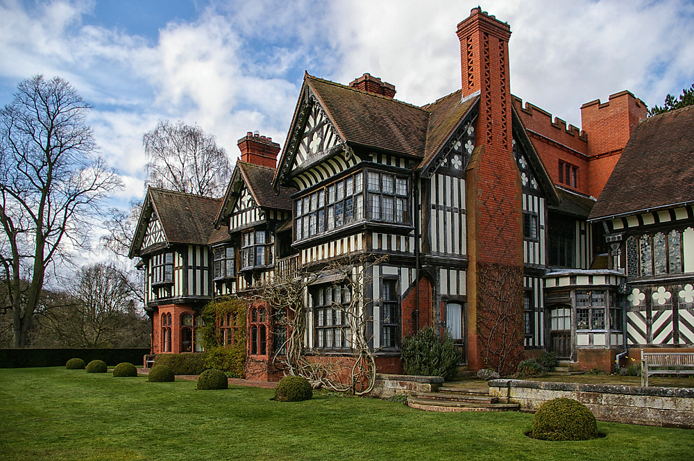 photoblog image Wightwick Manor