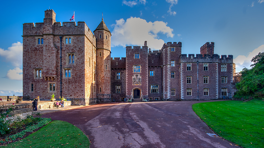 photoblog image Dunster Castle